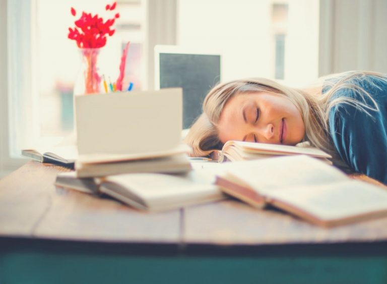Power Naps: A Must-have Ingredient In Your Productive Day Recipe