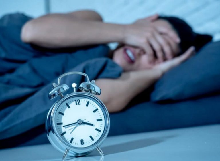 Early To Bed—Benefits And 9 Ways To Fall Asleep Faster