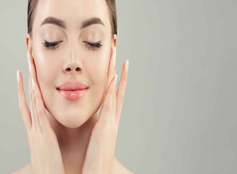 10 Home Remedies to Make Your Skin Glow Overnight